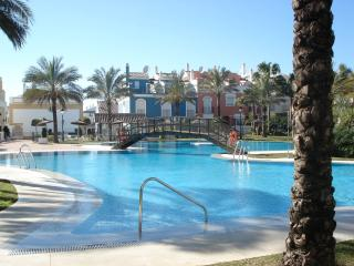 4 Bedroom House in Beach Front Location, Marbella