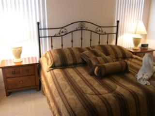 Guest suite with king bed,direct pool access