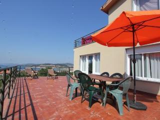 (Lagar 7) Apartamento con terraza y vistas al mar., Cangas do Morrazo