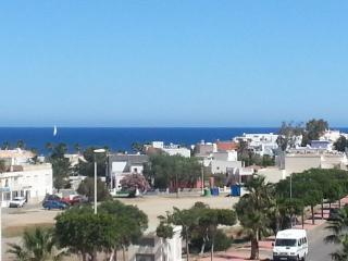 Apartamento con vistas al mar y terraza, San José