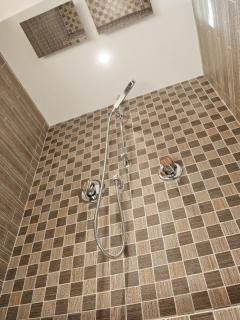Bagno - Doccia Matrimoniale (Twin Shower)