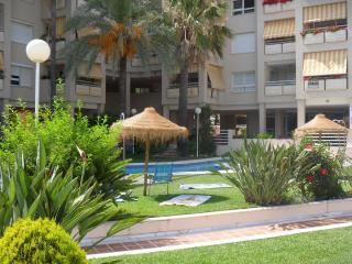 Apartamento al lado de la playa, en La Carihuela