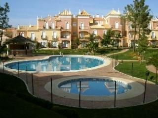 Urb. Verdemar, with 2 twin bedrooms