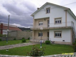 Amplia vivienda hasta 8 personas., Lugo