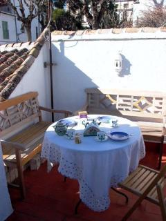 Terraza con vistas increíbles a la Alhmabra, el Generalife y el valle del Sacromonte