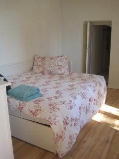 Double bedroom, can be single with shared ensuite