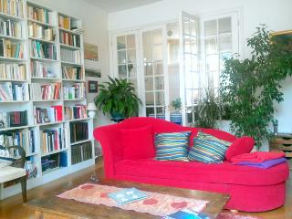 Original Saint Germain 2 bedroom apart., 5 sleeps, París