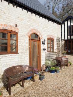 Side view of Jasmine Cottage - Autumn time!