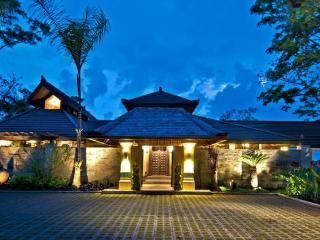 Los Elementos: Villa de Agua, Dominical