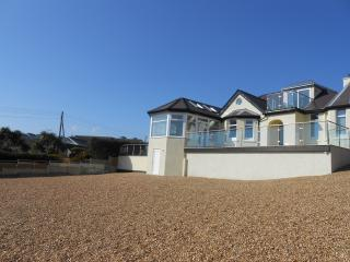 HILLSIDE HOUSE HOLIDAY HOME, BENLLECH ANGLESEY, Benllech