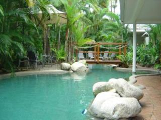 Coral Apartments, One Bedroom 3 Night Minimum Stay, Port Douglas