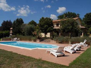 Secluded villa with private pool. Quiet location, Avigliano Umbro