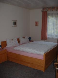 Blick in Appartement Nr. 2 mit angrenzendem Wohnraum