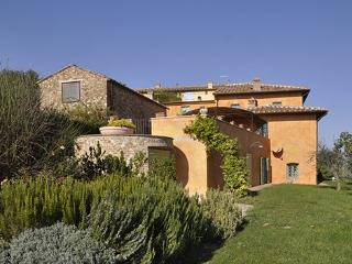 9 bedroom Apartment in San Casciano In Val Di Pesa, Firenze Area, Tuscany, Italy : ref 2230516, San Casciano in Val di Pesa