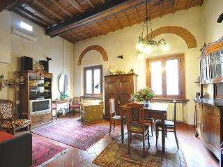Wonderful Santa Croce flat, Florence