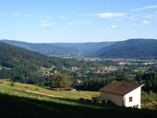Le gîte et la vallée