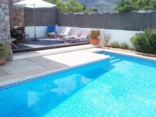 Casa con piscina agua salina jardin wifi, Rodalquilar