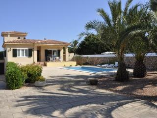 VILLA FRANCISCA. PISCINA PRIVADA. FREE WIFI. SMART TV