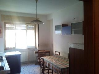 Pescara - Large apartment for rent.