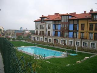 Urbanización El Capricho, Colombres