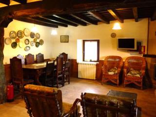 La Abuela Fani. 6 dormitorios, 3 baños, 12 plazas,, Province of Palencia