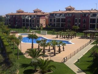 Penthouse 3 bedroom apartment Isla Canela