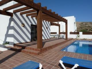 Villa con piscina en Agua Amar