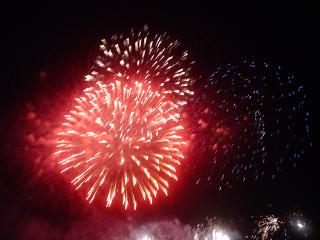 New-Year Melrose has the biggest and the best fire works display in the Borders