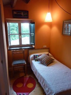 Dormitorio bajo cubierta
