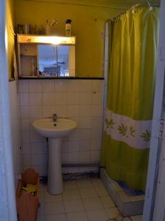Baño equipado agua caliente 2do piso