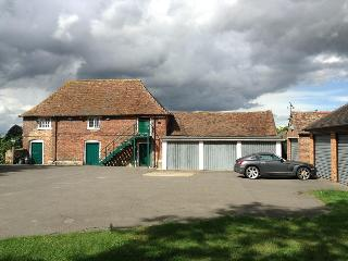 Plumpton Barn