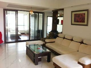 Shekou SeaWorld 3bedroom SeaView Apartment for short or long stay!, Shenzhen