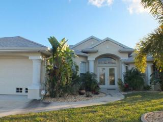 Wonderful Casa Del Sol in Quiet South Gulf Cove, Port Charlotte
