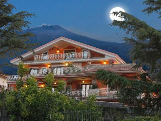 Etna Royal View, Trecastagni