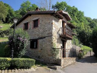 Casa de la Roca preciosa casa de dos habitaciones.