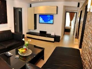 Luxury 2BR Suite near Old Town, Bucharest