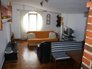 piso con buenas vistas en casco antiguo, San Vicente de la Barquera