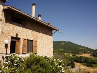 Lettuce Inn - My Suite Sarnano Country Home, Frontignano