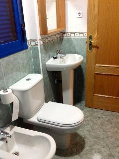 Cuarto de baño completo 2