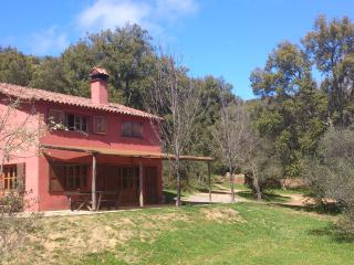Casa Roja Montemateo, Galaroza