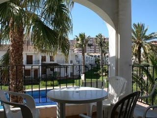Apartamento con vistas a la piscina en La Manga
