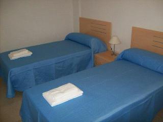 Twin Bedroom .