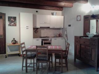 Appartamento con giardino 4pl, Madonna del Sasso