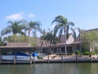 Polynesian Villa:  Fort Myers Beach House