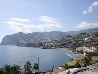 Beach Front Apartment, Funchal