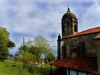 Iglesia Lastres (150 metros)