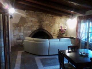 villa con piscina alle porte di roma, Monterotondo