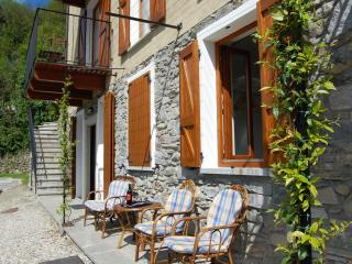 Borgo Verginate lake Como rentals apt 701, Bellano