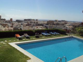 Apto con piscina y vistas, Las Palmas