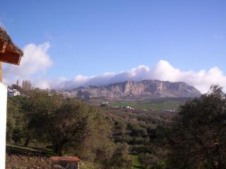 Fantasticas vistas a la Sierra del Torcal desde la casa
